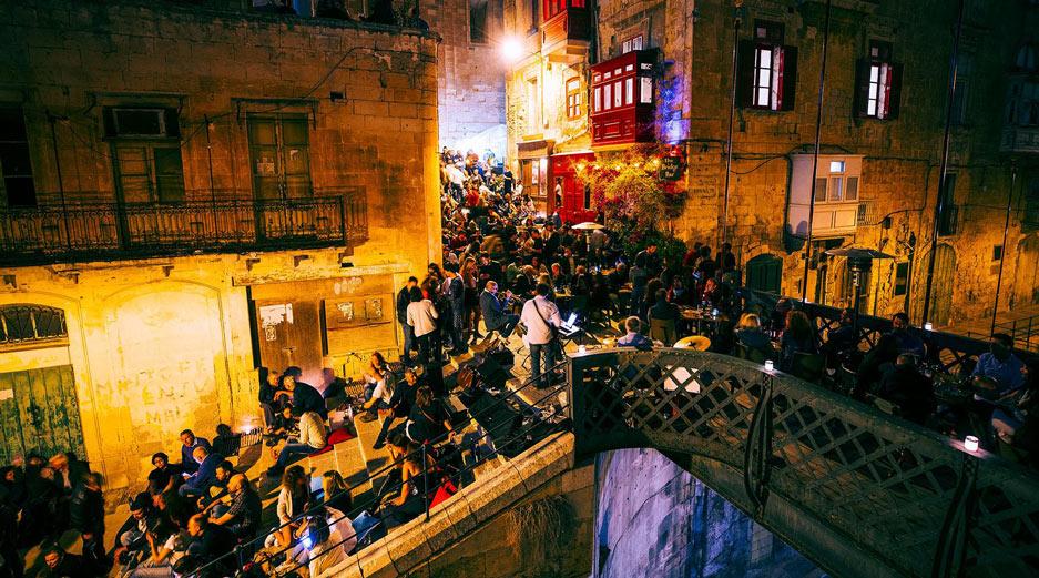 Valletta Bars - Bridge Bar